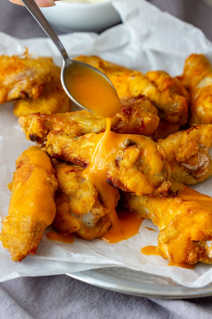 Baked Buffalo Chicken Wings with Sauce
