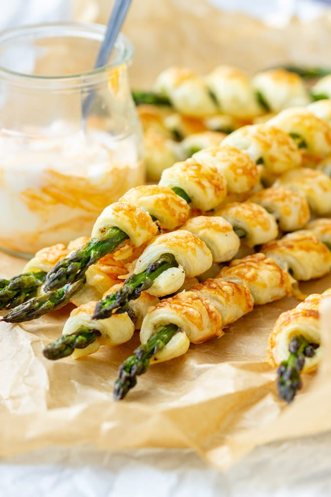 Parmesan Asparagus Pastry Twists with Dip