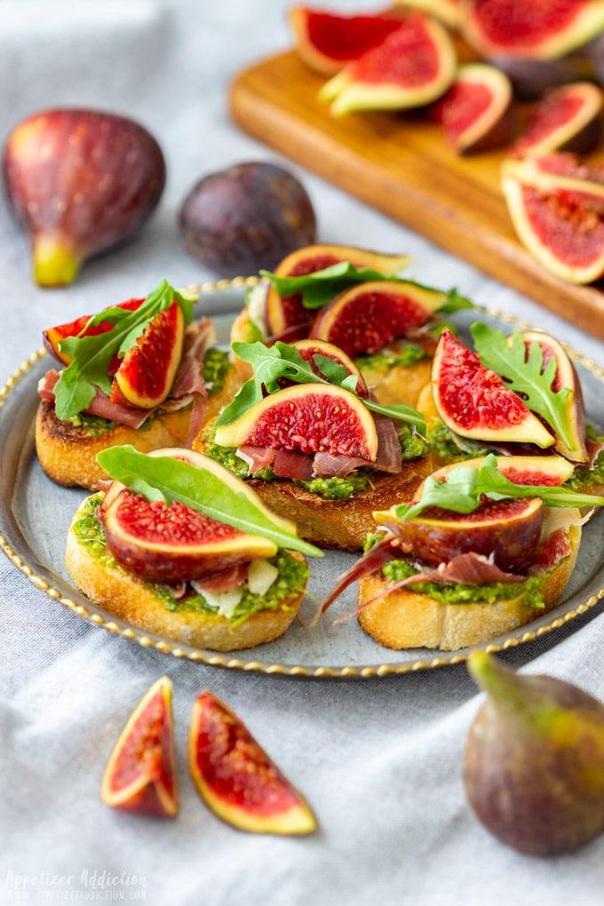 Prosciutto Fig Crostini