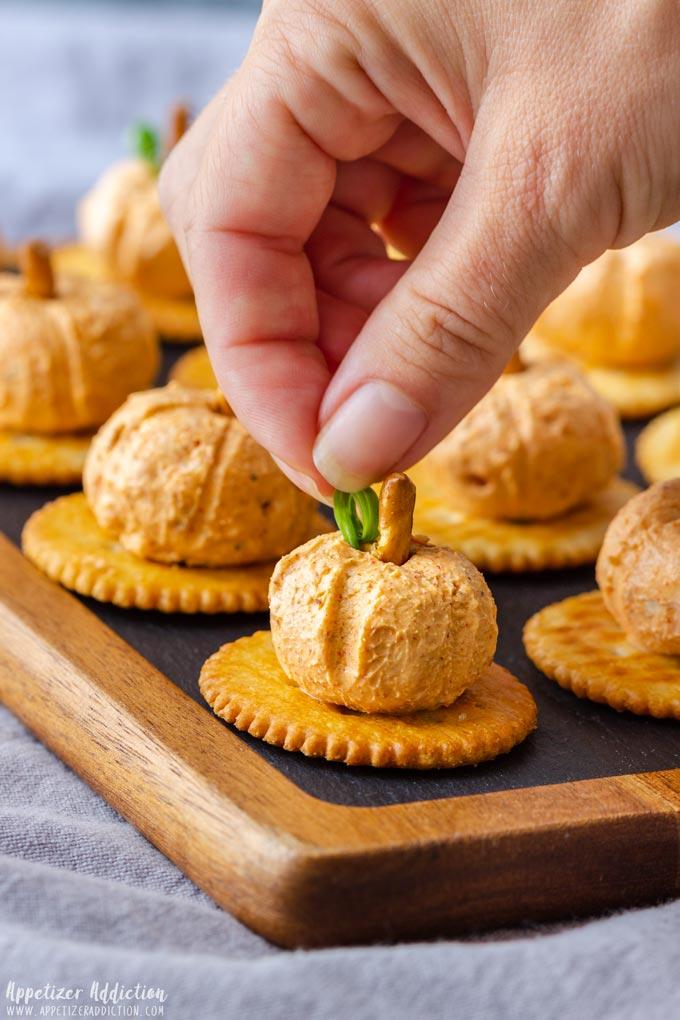 How to make Mini Pumpkin Cheese Balls Step 2