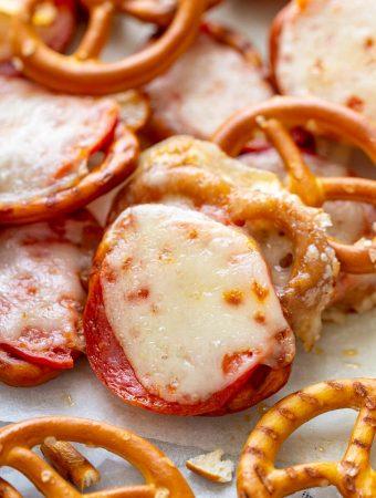 Pretzel Pizza Bites