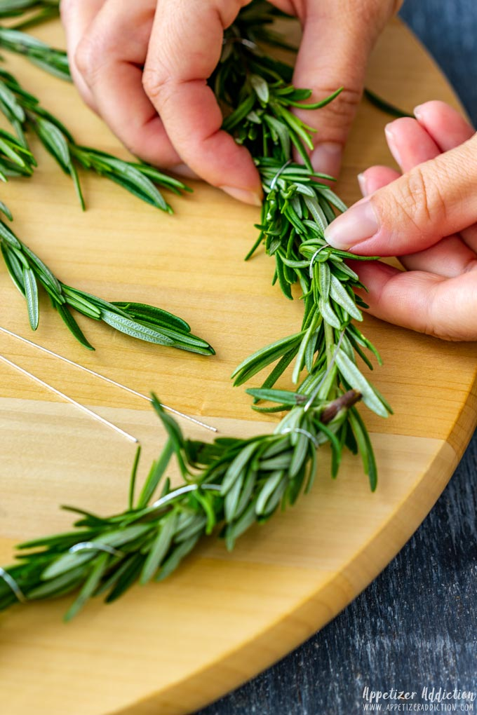 How to make Christmas Wreath Cheese Board Step 1
