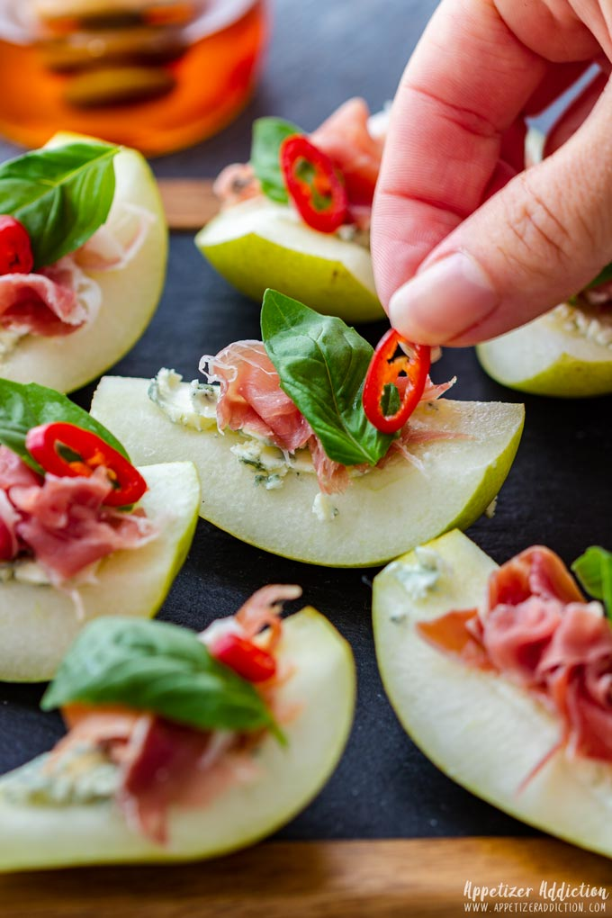 How to make Pear Prosciutto Appetizers Step 4