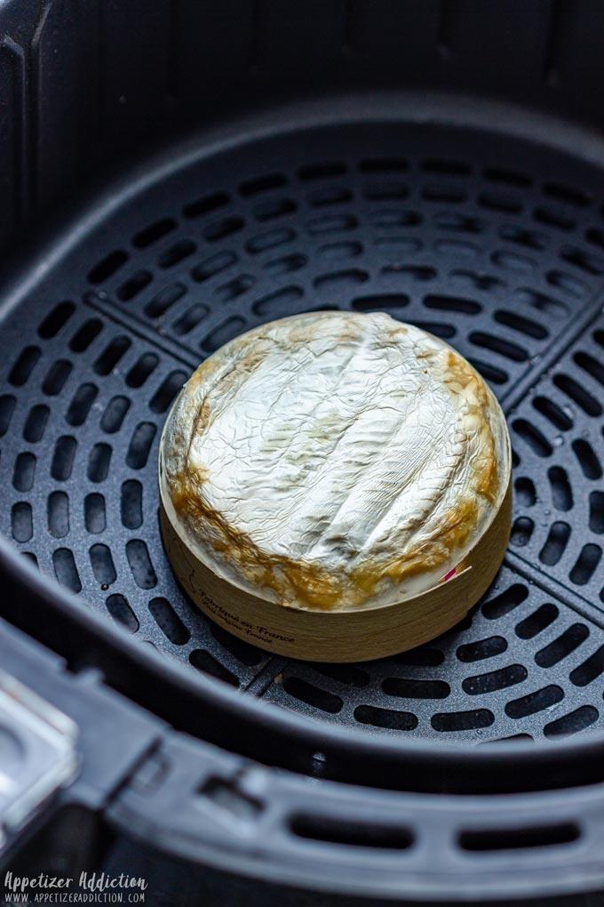 Baked Brie in Air Fryer