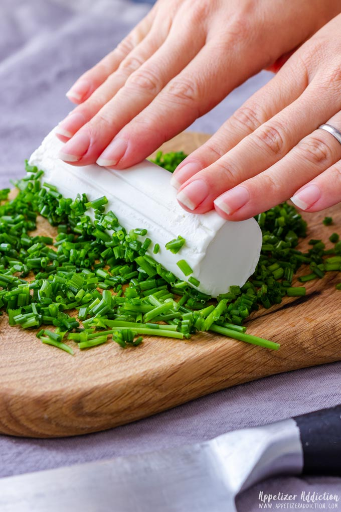 How to make Goat Cheese Log with Chives Step 1