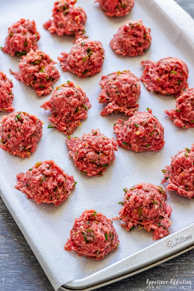 How to make Meatballs Step 1