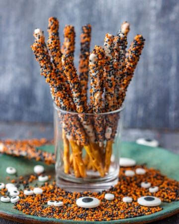 Chocolate dipped pretzel rods