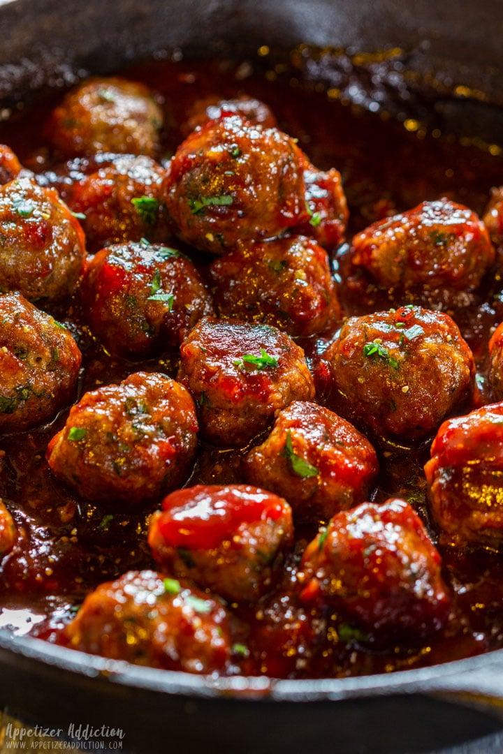 Skillet cranberry meatballs