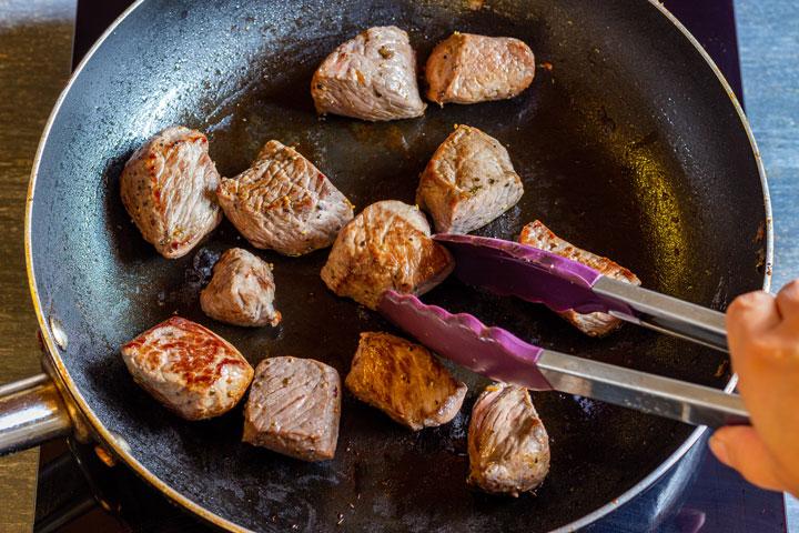 How to make beef wellington bites step 1