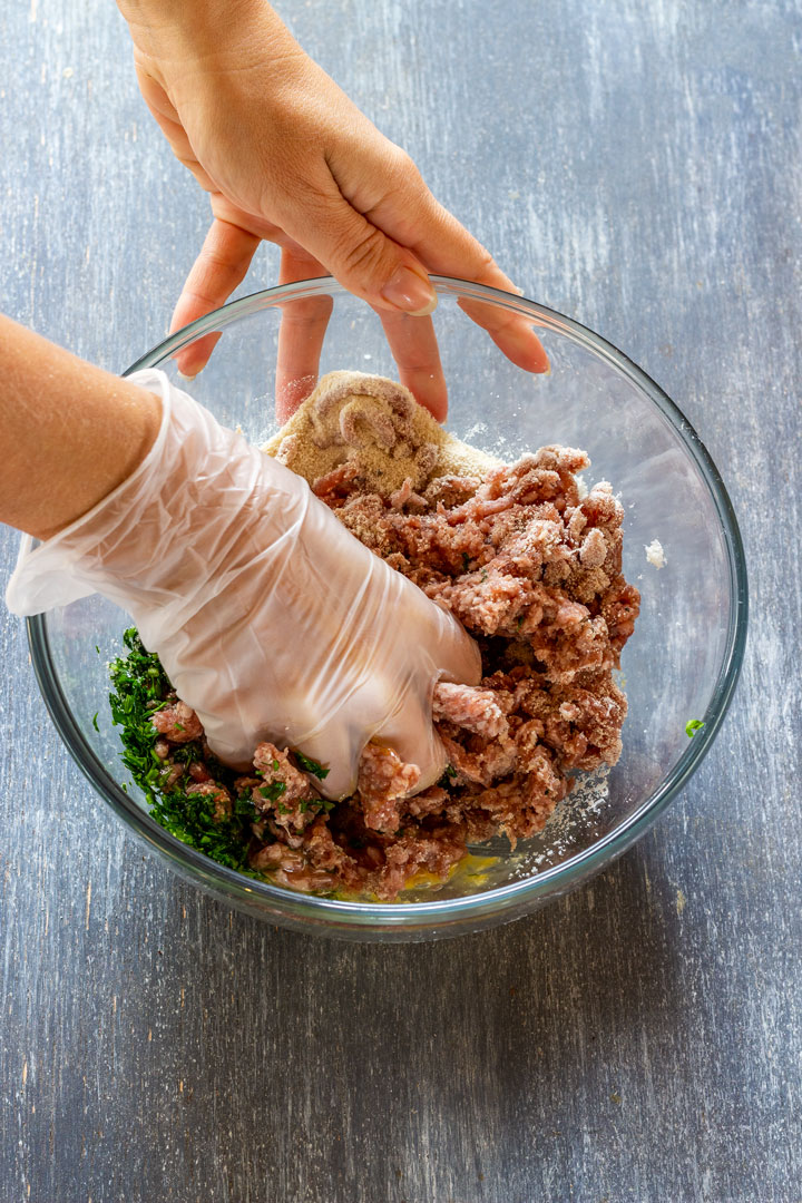 How to make cranberry meatballs step 1