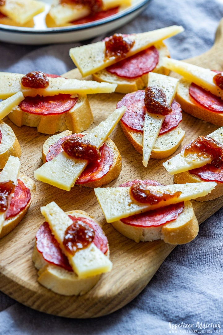 Manchego cheese and chorizo appetizers
